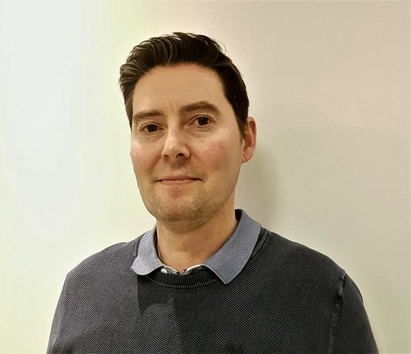 Lars Hoff fortsetter virket som daglig leder når Prøven Bil endrer navn til Bertel O. Steen Trøndelag