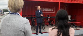 Harald Frigstad under åpning mobilitetscontainer
