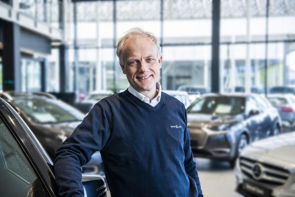 – Vi tror andelen elbiler i varebilmarkedet vil vokse i 2021, og vi jobber steinhardt for å kunne forsyne det norske markedet med elektriske varebiler fra fabrikkene vi representerer, sier Harald Frigstad, konsernsjef i Bertel O. Steen.