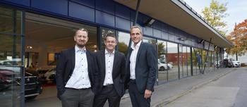Marius Thorberg, påtroppende daglig leder PSA Retail Oslo, Thorbjørn Myrhaug, direktør PSA Norge og Marius Hayler, adm. direktør i Bertel O. Steen Detalj