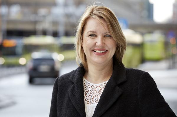 Inger Elisabeth Sagedal, ny leder politikk og samfunn i Bertel O. Steen